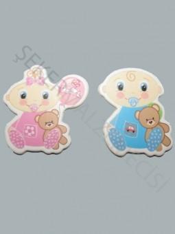 Ayıcıklı Oturan Bebek Karton Sticker
