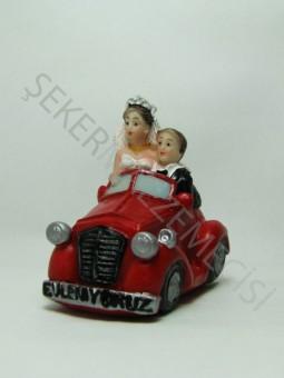 Arabada Gelin Damat Biblo Kırmızı Evleniyoruz