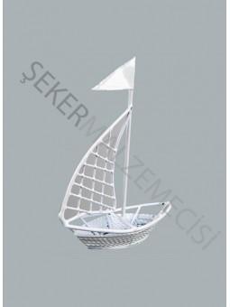 Metal Yelkenli Gemi Beyaz